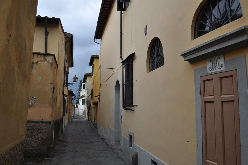 cerca Firenze  Centro Oltrarno / S. Spirito / S.frediano APPARTAMENTO VENDITA